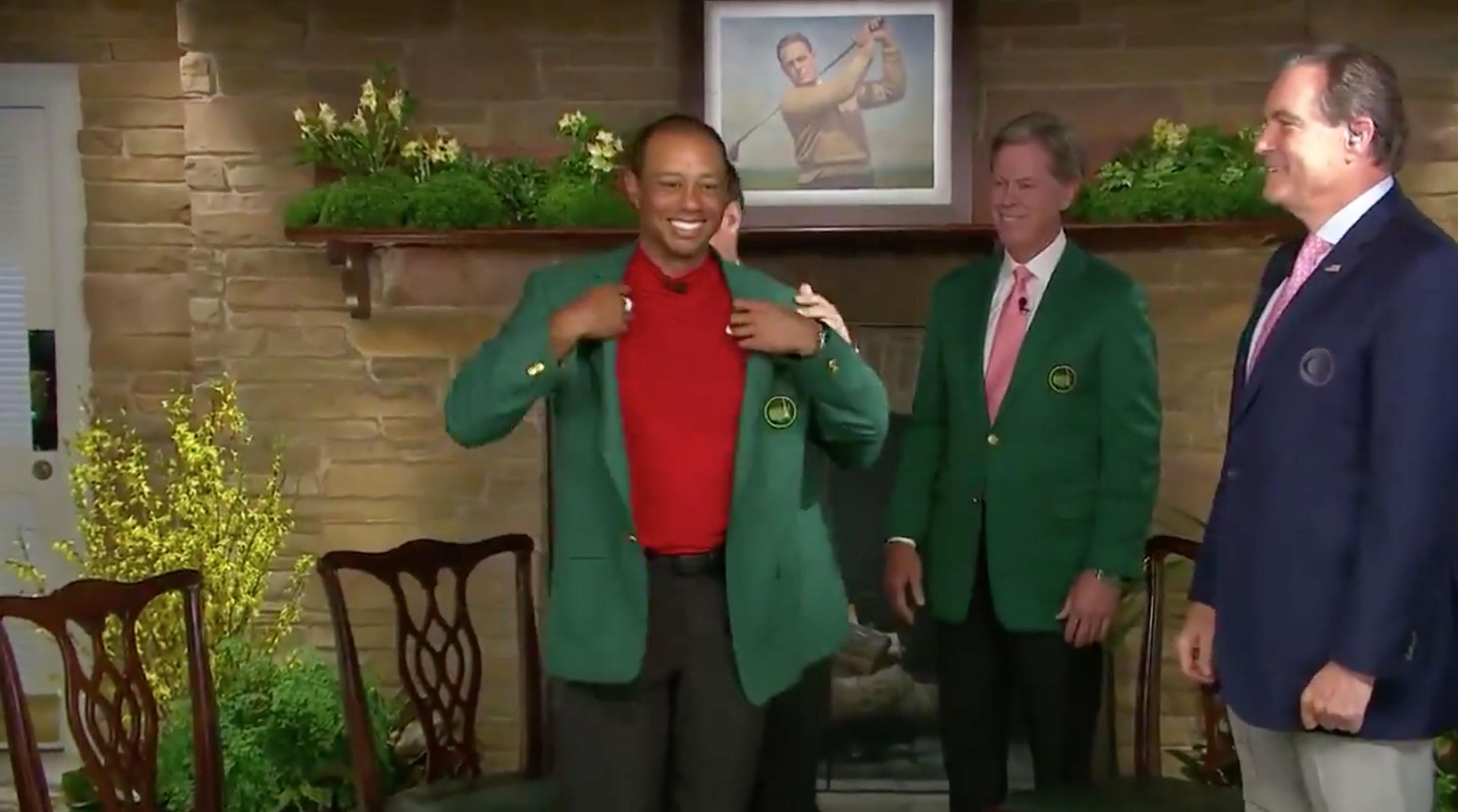 Tiger Woods gets fifth green jacket