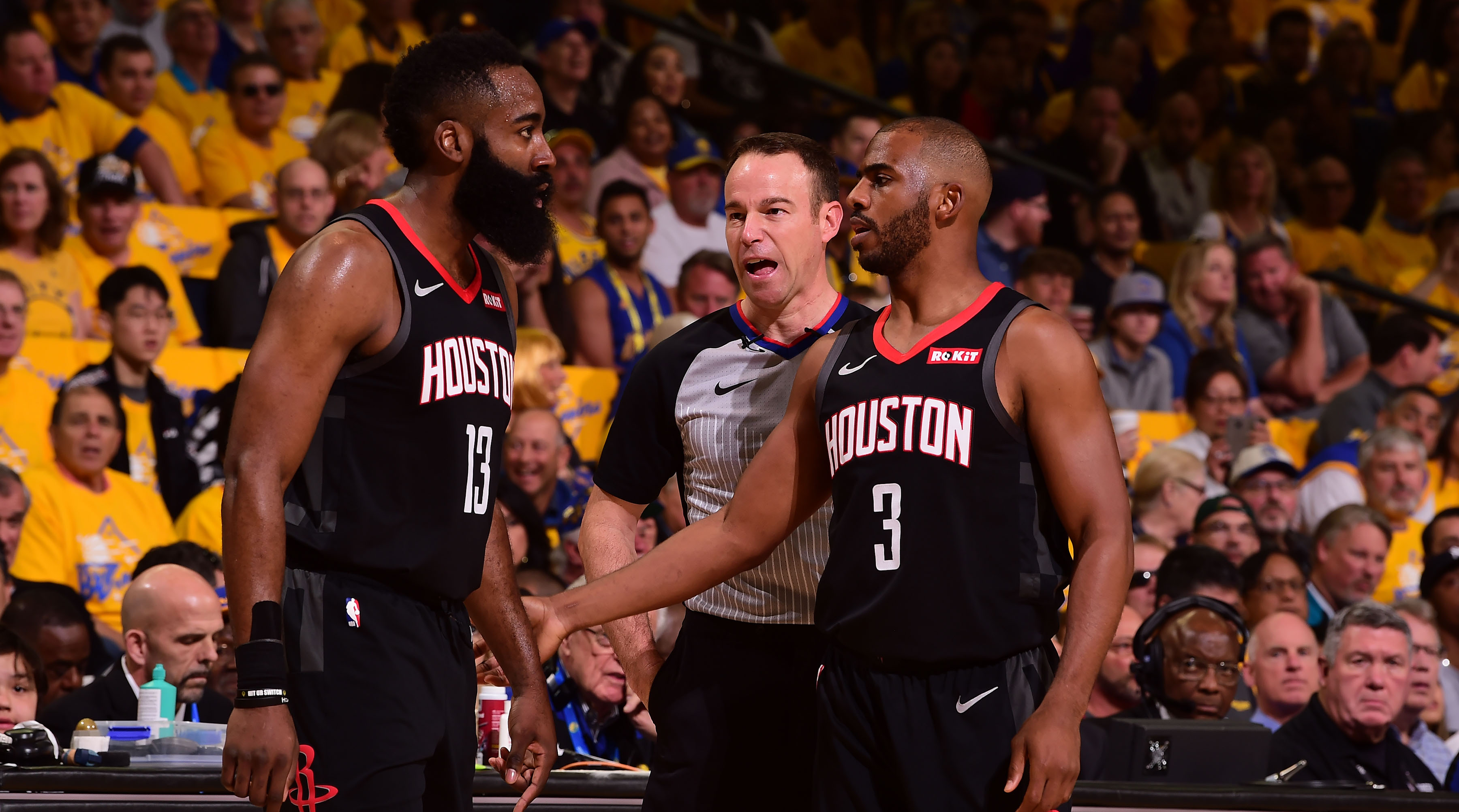 a281e578f8e1 NBA confirms James Harden controversial non-call vs. Warriors in Game 1