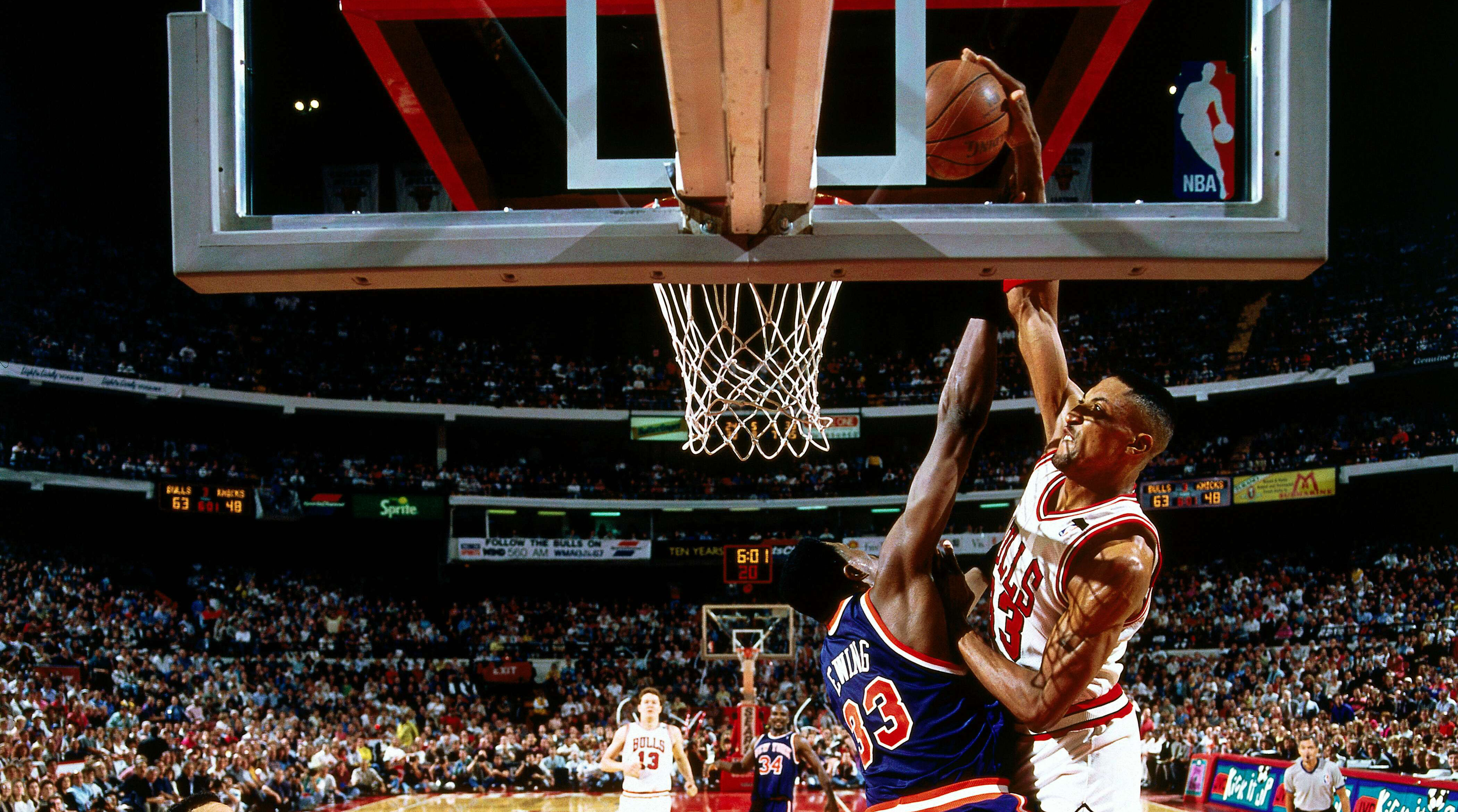Scottie Pippen dunk on Patrick Ewing revisited