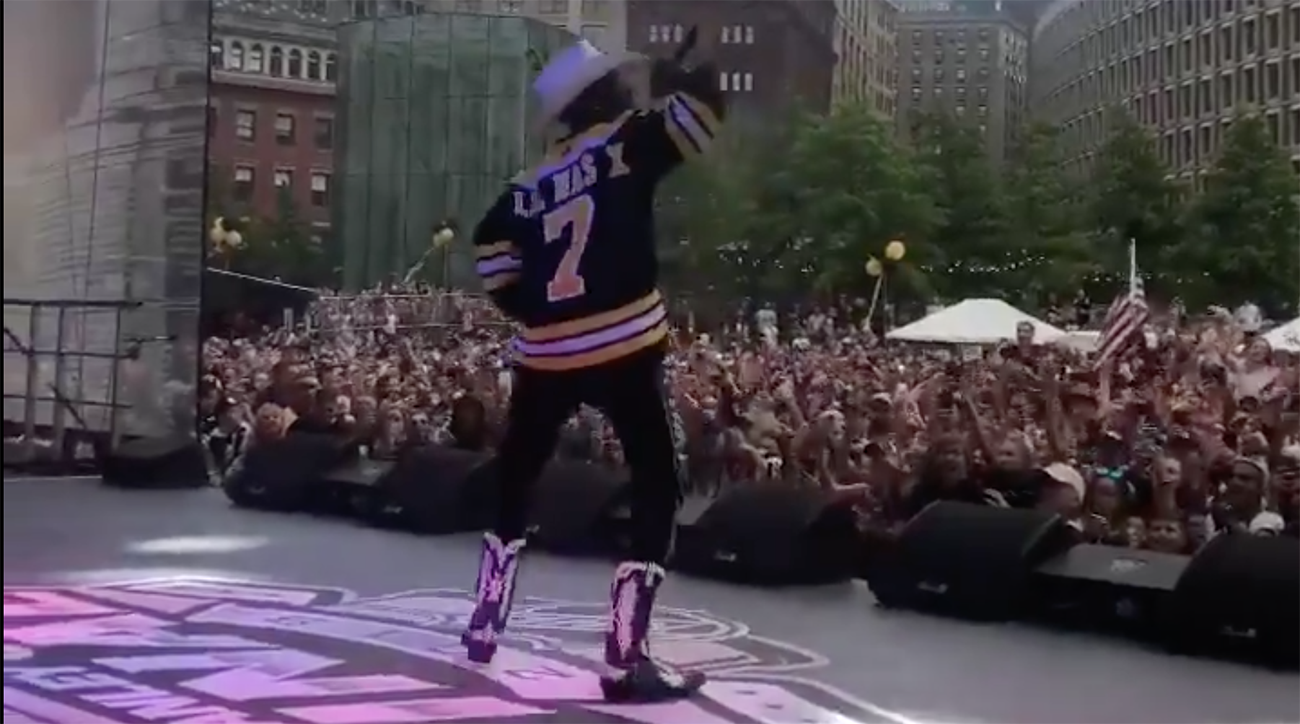 nhl, Stanley Cup Final, stanley cup playoffs, lil nas x, old town road, wire