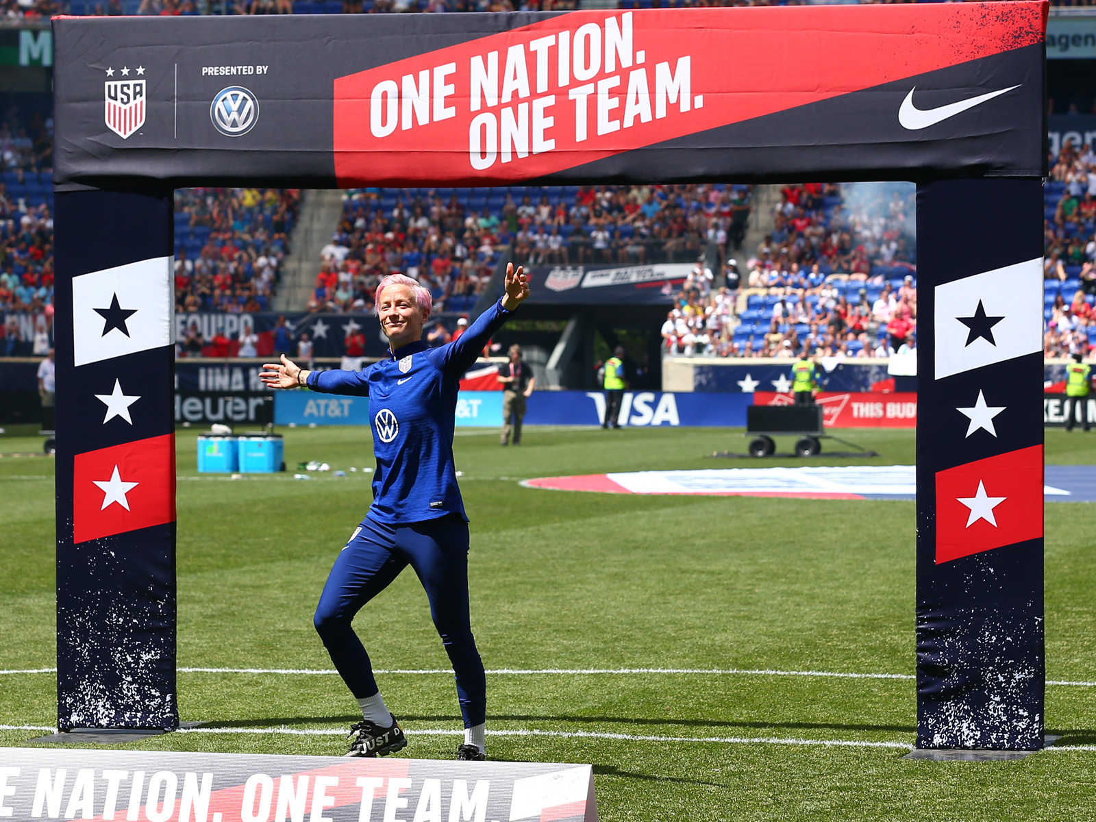 Megan Rapinoe leads the USWNT into the Women's World Cup