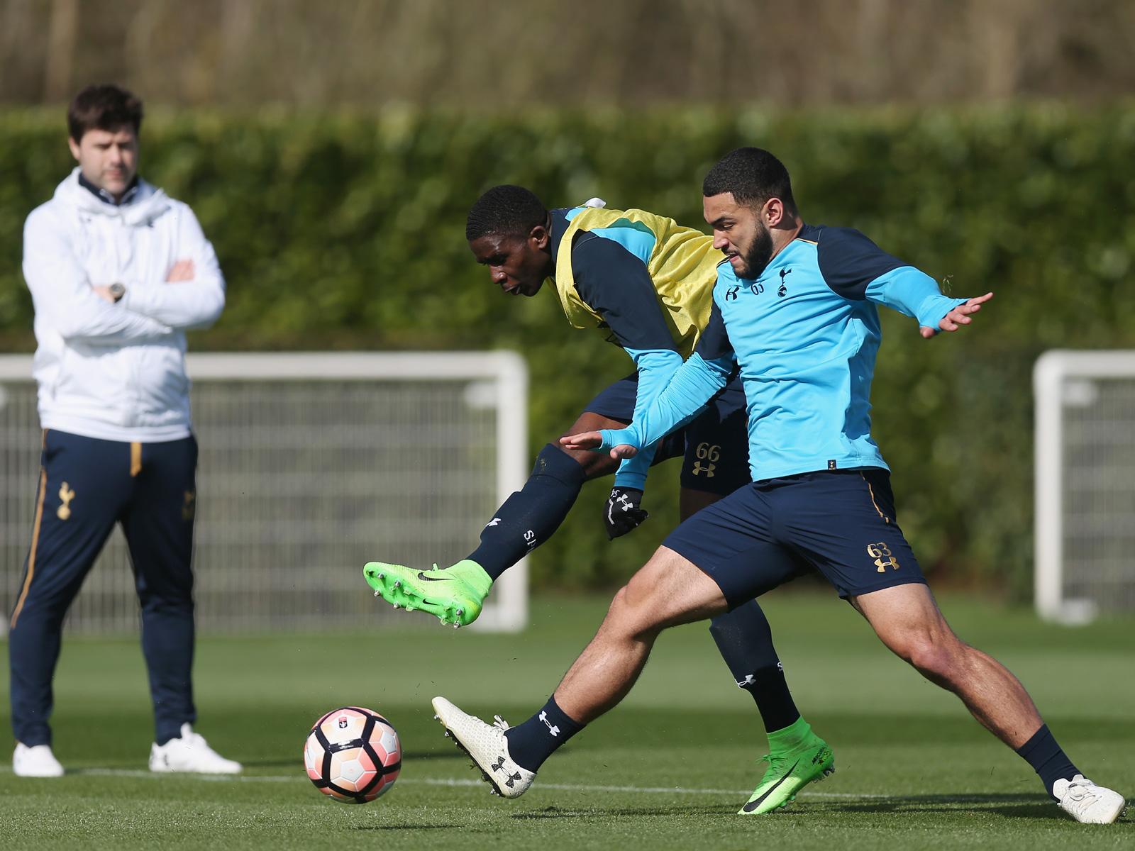 Cameron Carter-Vickers at Tottenham training