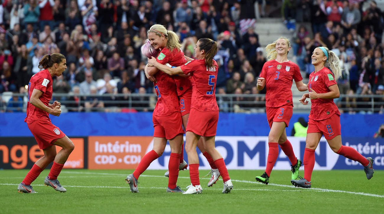 Lindsey Horan scores for the USA vs. Thailand at the Women's World Cup