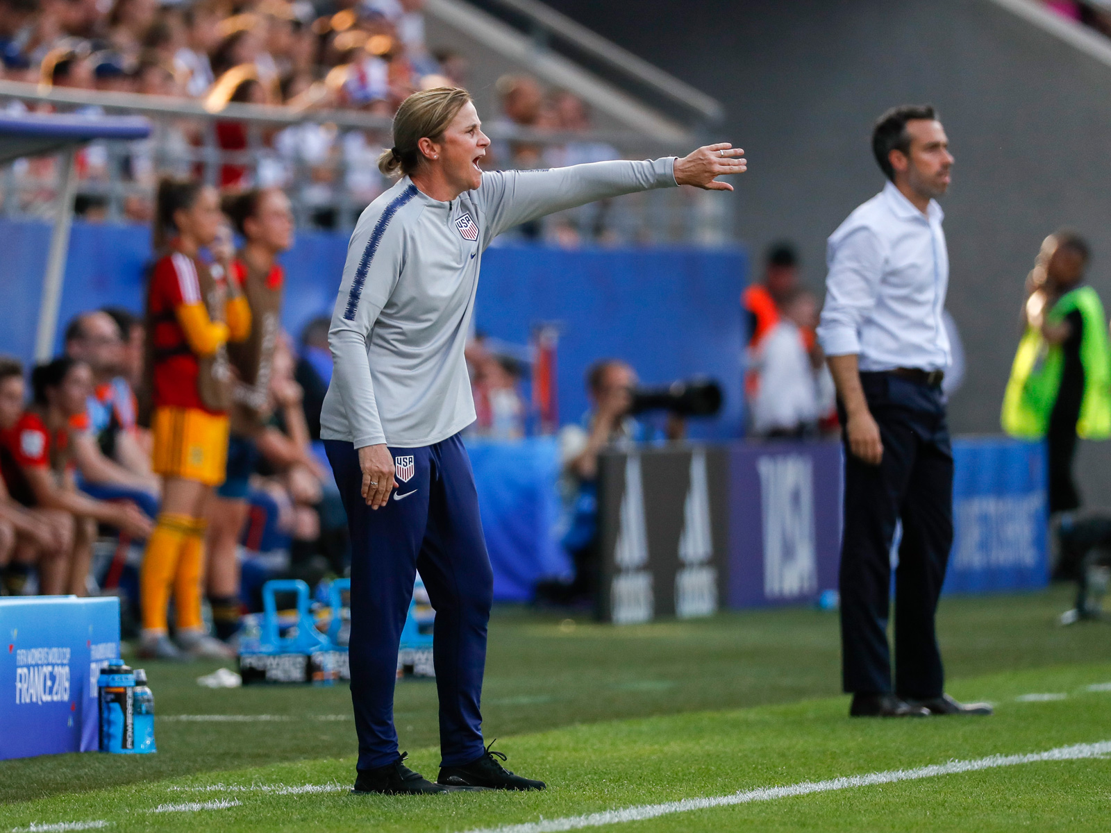 Jill Ellis manages the USA vs. Spain in the Women's World Cup
