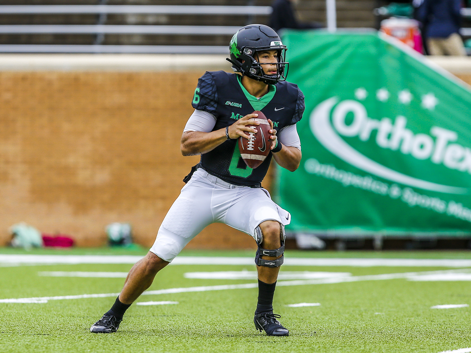 North Texas QB Mason Fine