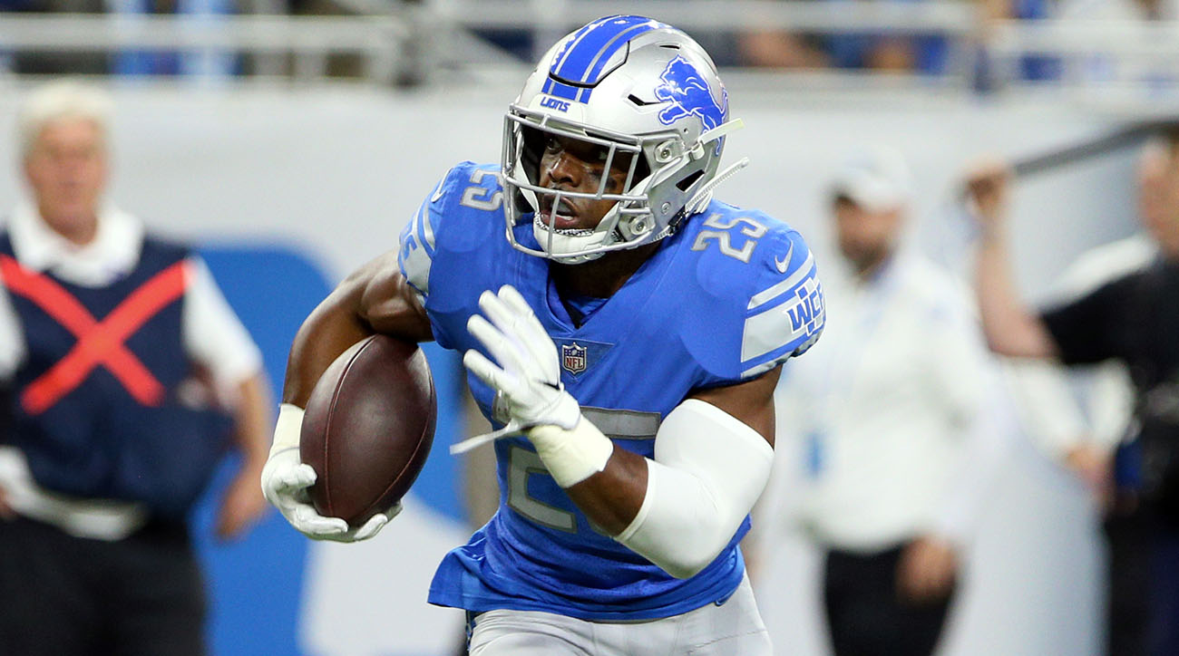 Theo Riddick signs with Broncos