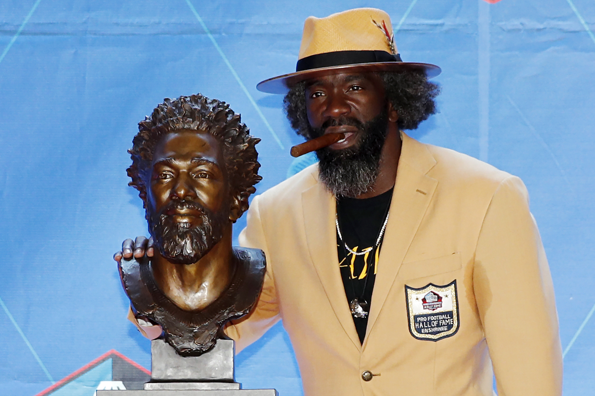Ed Reed bust