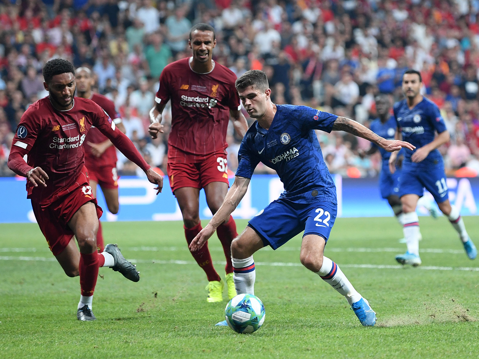 Christian Pulisic plays for Chelsea vs. Liverpool in the UEFA Super Cup