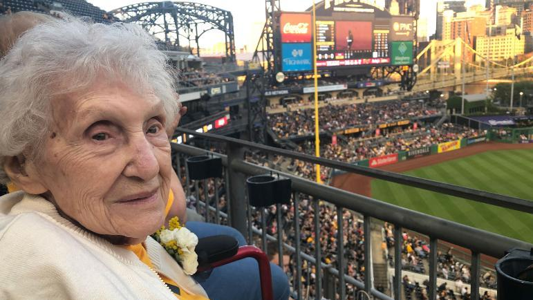 Pittsburgh Pirates: 99-year-old fan attends game vs Reds (video)