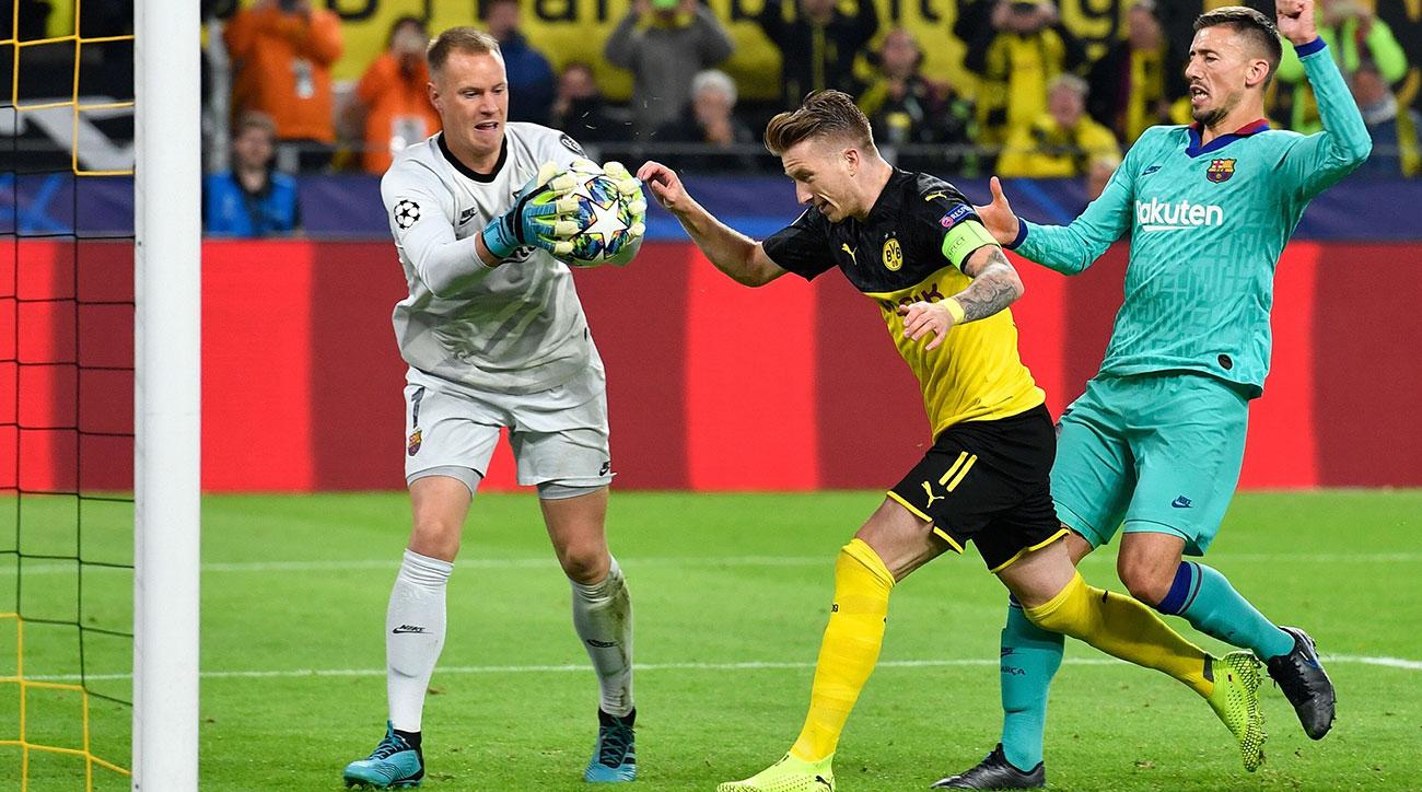 Marc-Andre ter Stegen saves a penalty for Barcelona vs. Dortmund