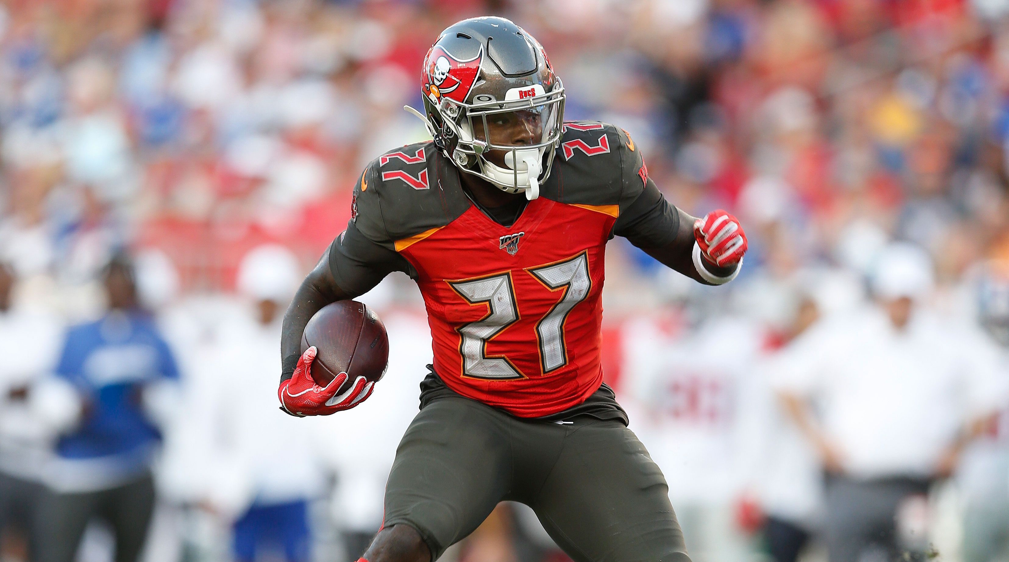 Ronald Jones II running the football for Tampa Bay Buccaneers