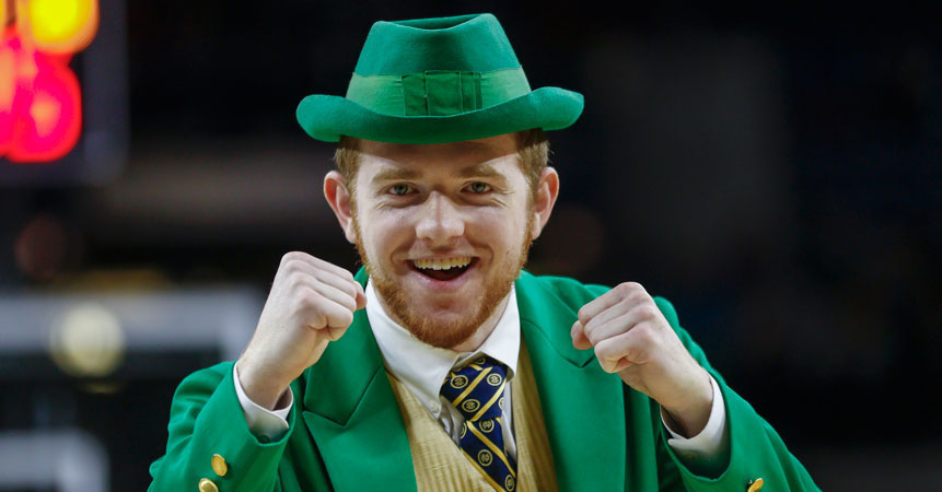 Meet the Notre Dame leprechaun, a busy man on campus | SI.com