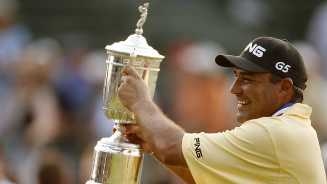Angel Cabrera of Argentina holds up the U.S Open Trophy after winning the 107th U.S. Open Championship at Oakmont Country Club on June 17, 2007.
