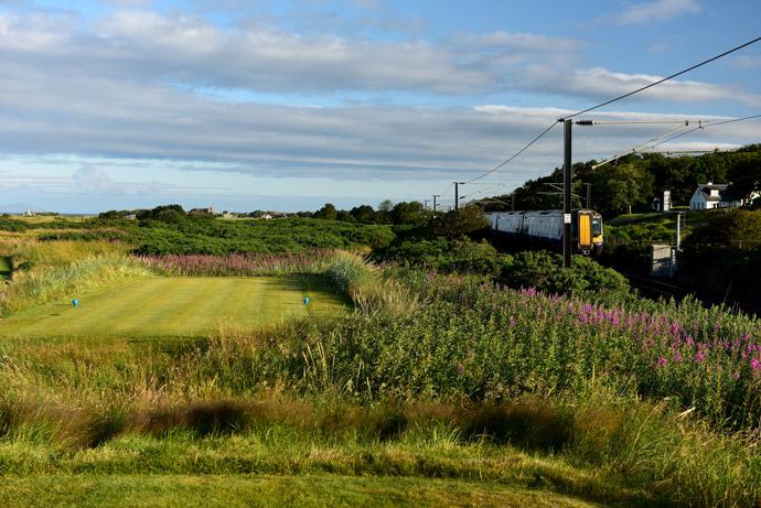 Par-4 11th hole, 'The Railway'