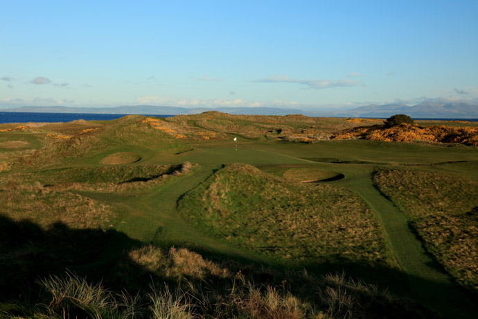 Par-3 8th hole, 'The Postage Stamp'