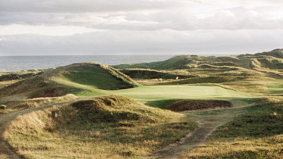 The tiny Postage Stamp hole played over par during the British Open in 2004, averaging 3.09 strokes.