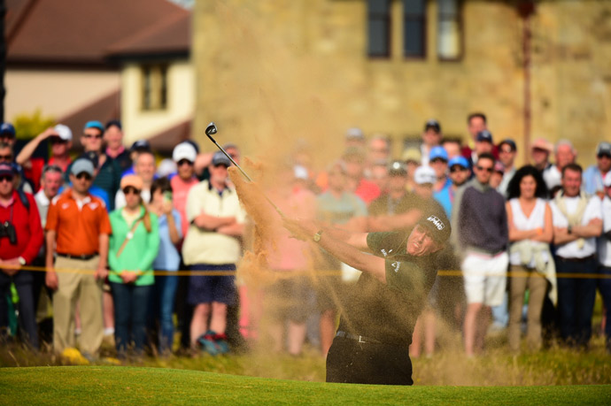 Despite that, Mickelson finished with 63 and a three-shot lead after the first round.