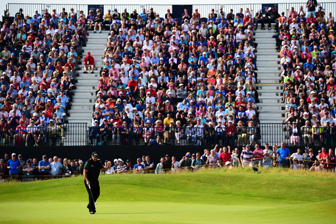 Mickelson's incredible round featured eight birdies.