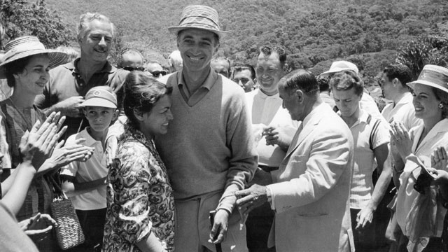 Gonzalez soaks up the applause after defeating Billy Casper in 1961 in the first installment of Shell's Wonderful World of Golf.