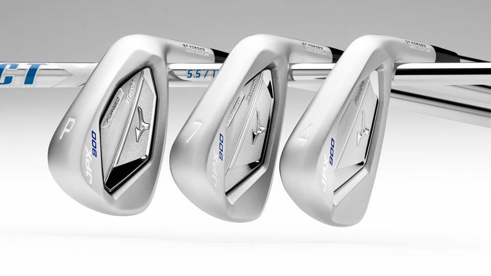 Mizuno JPX-900 Forged irons.
