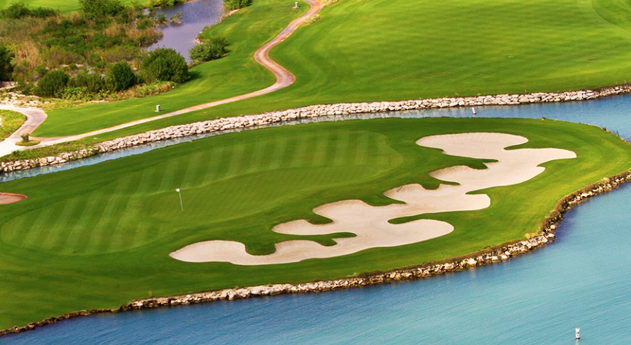 Puerto Cancun's back nine offers plenty of water hazards for players who love risk-reward holes.