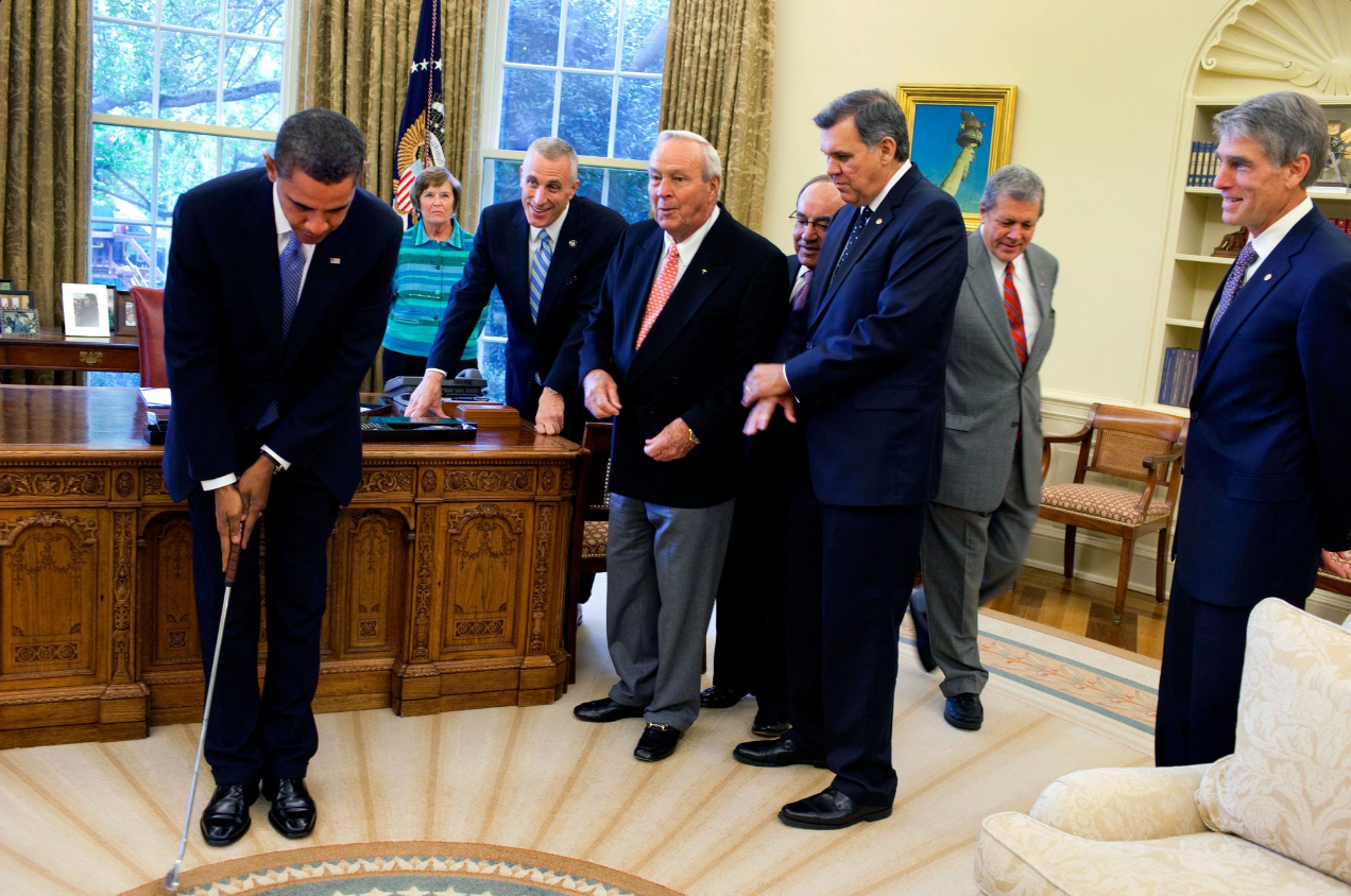 Arnold Palmer on a visit to the White House with President Obama.
