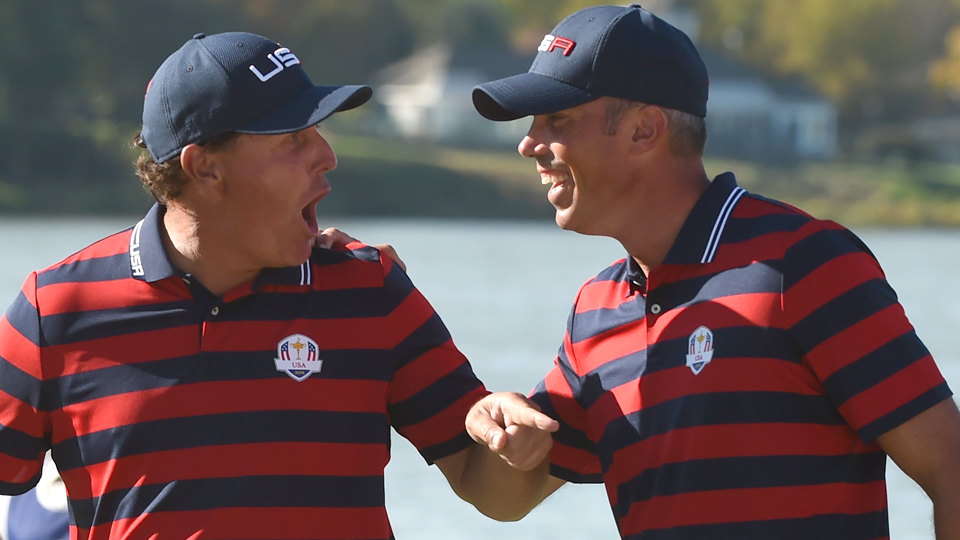 Phil Mickelson and Matt Kuchar picked up wins on Saturday, but can they help the U.S. with singles victories on Sunday?