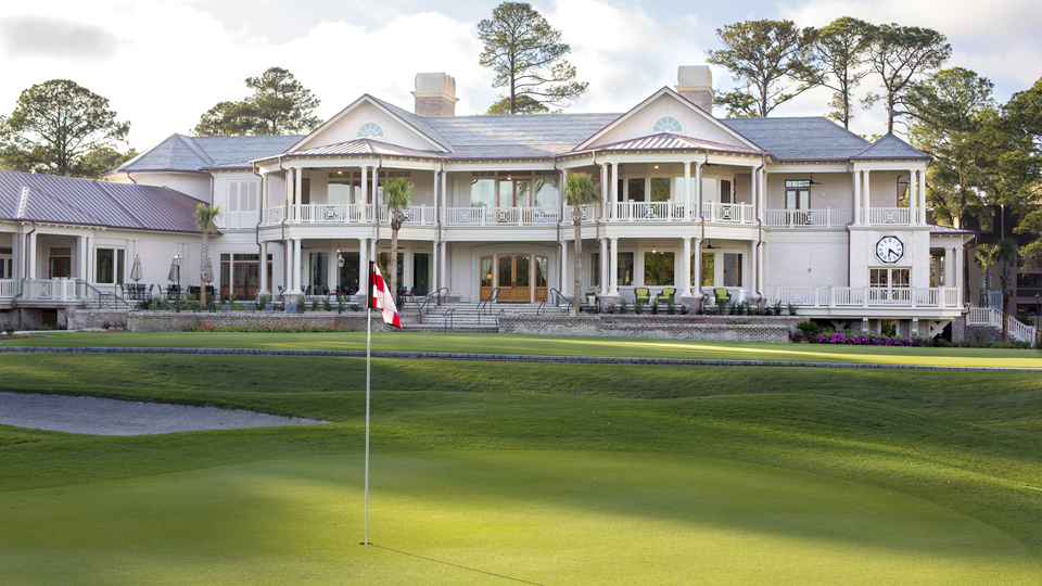 The gorgeous clubhouse at Harbour Town overlooks the 9th green.