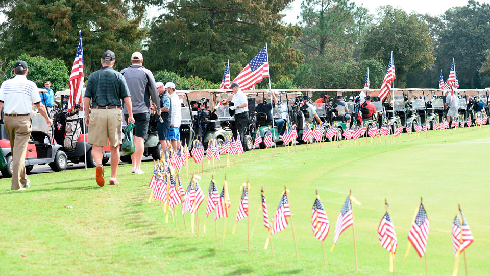 At an annual Veterans Day outing in Texas, those who have fallen while serving their country are remembered on the links.