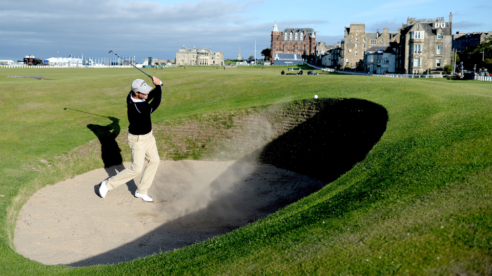 The Road Hole bunker is not for amateurs.