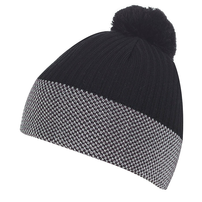 A winter hat for men and women that will keep ears toasty warm, no matter how brutal the windchill. The Windstopper layer in the hat blocks out cold while allowing sweat to evaporate.