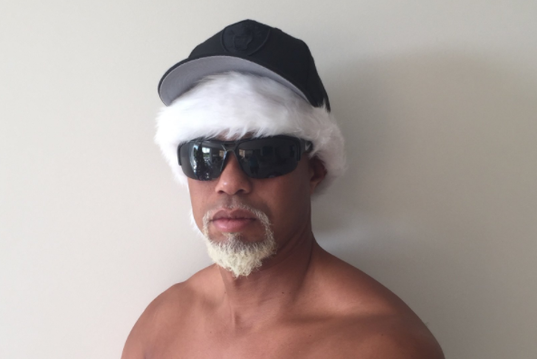 "Tiger Woods posted a photo as ""Mac Daddy Santa"" on Thursday night."