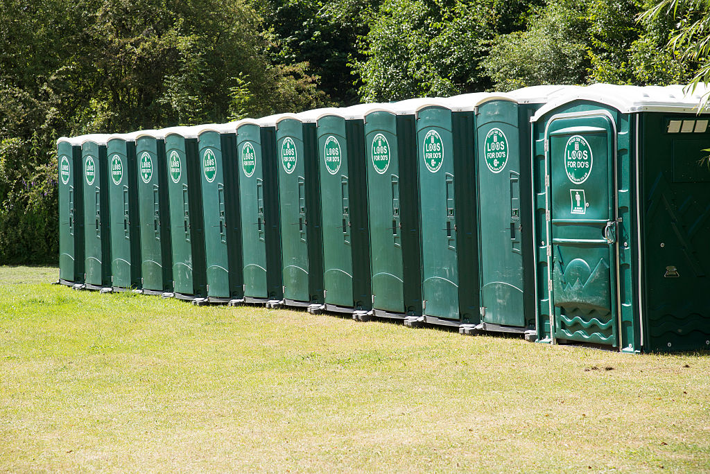 A lawsuit alleges that a Port-a-Potty became a dangerous object at a golf course in Illinois.