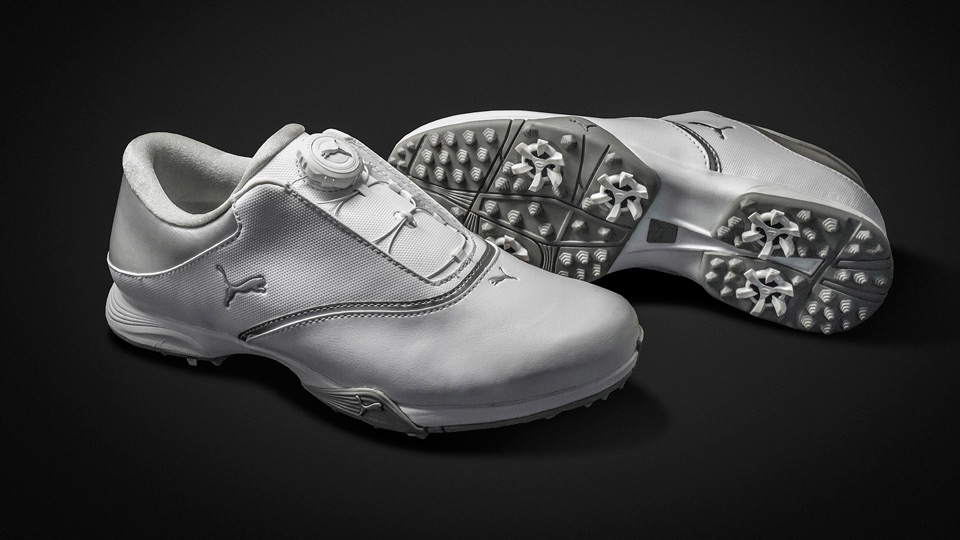 Puma TitanTour Blaze Disc golf shoes for women.