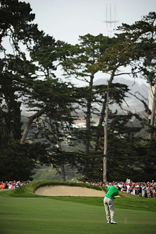 "Tiger Woods is trying to win his fourth U.S. Open and 15th major championship. <strong><a href=""http://www.golf.com/photos/2012-us-open-olympic-club/tiger-woods-2012-us-open-sunset-approach"">More Photos</a></strong>"