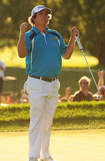 Jason Dufner shot a final-round 68 to win the PGA by two shots for his first career major title.