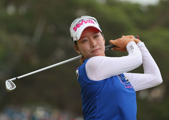Chella Choi of South Korea practices on the driving range after completing her round during day three of the Australian Open.
