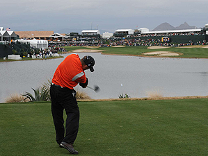 Holmes aggressive play paid off with another win at TPC Scottsdale.