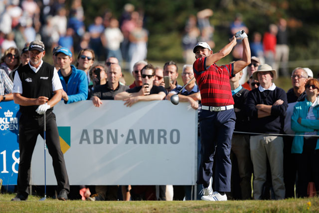 Pablo Larrazabal birdied his first six holes on the way to a course-record 62 at the KLM Open.