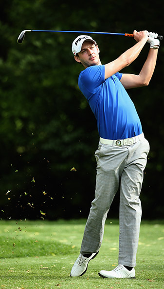 England's Matthew Nixon finished his opening round with birdie, eagle, par to take a one shot lead.