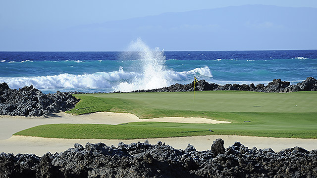 A view of the 17th hole of the Hualalai Golf Club in Ka'upulehu-Kona, Hawaii, without a golf writer in sight.