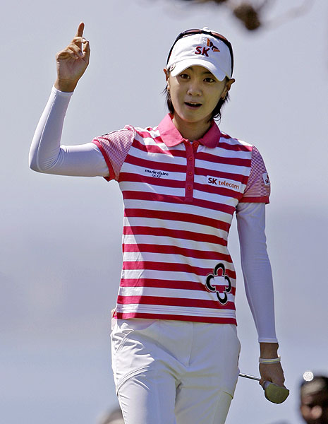 Na Yeon Choi made birdie on the final hole to win the Samsung by one.