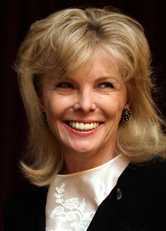 South Carolina businesswoman Darla Moore will receive a member's green jacket in October.