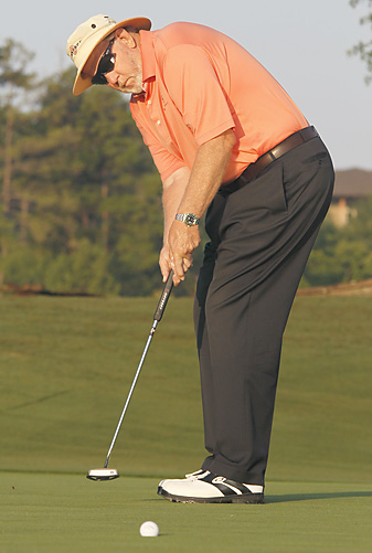 The stroke you use to putt the ball should be an exact replica of a perfect preview stroke.