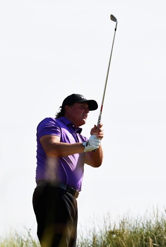 Phil Mickelson shot a 2-over 74 on Thursday.