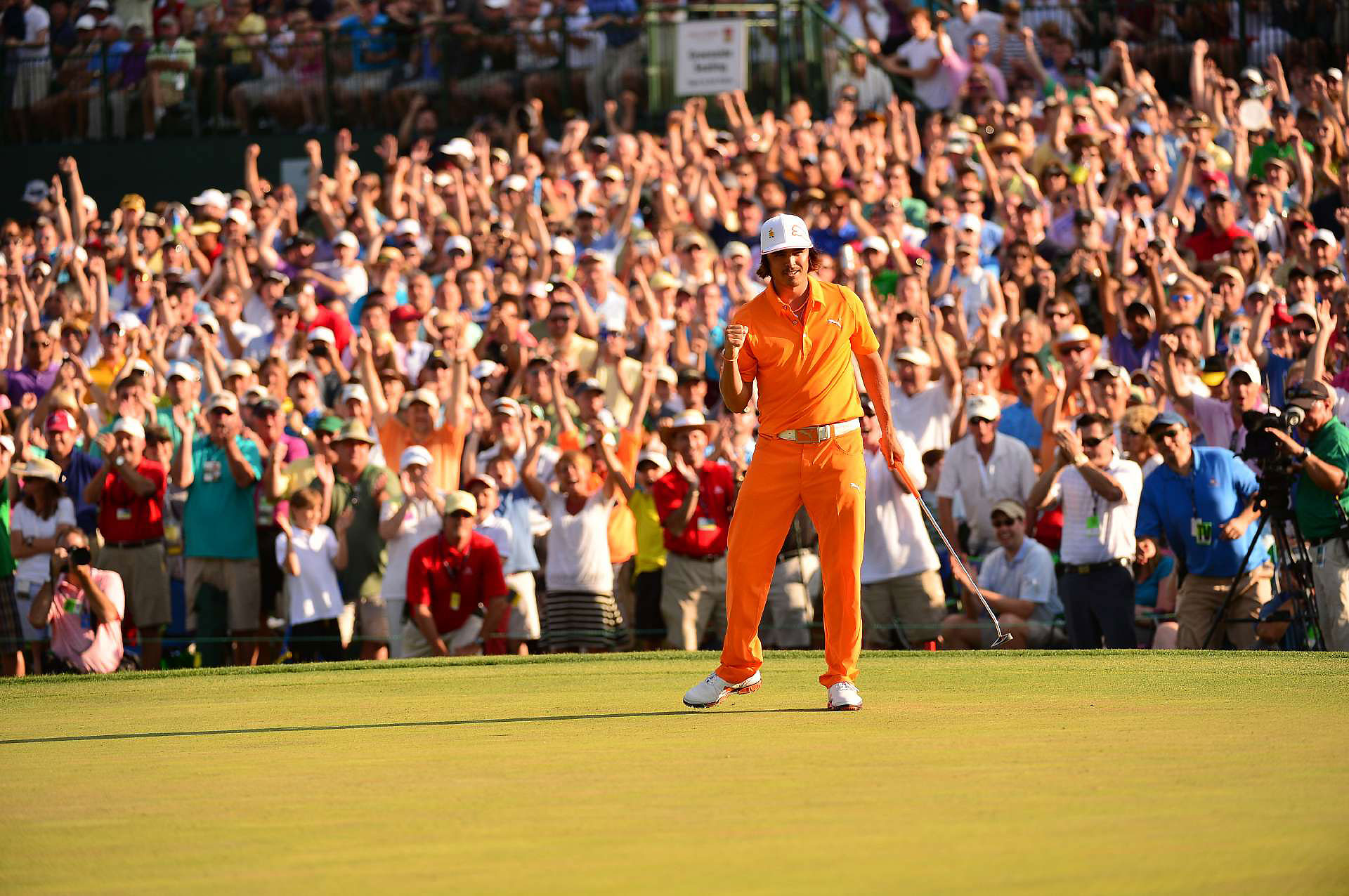 Rickie Fowler wins the 2012 Wells Fargo Championship.