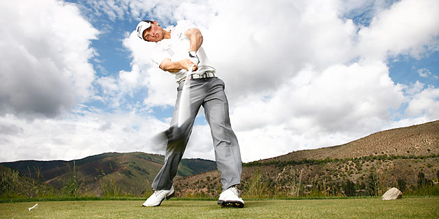 Jamie Sadlowski and his fellow long-drive finalists will compete in a live-television finale on Oct. 30.