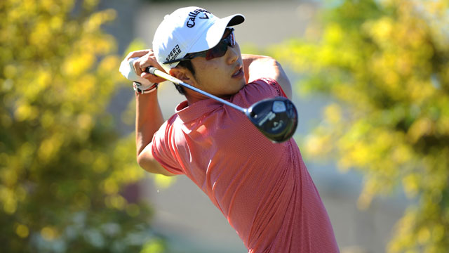 Sang-moon Bae tees off on the first hole during the final round of Frys.com Open.