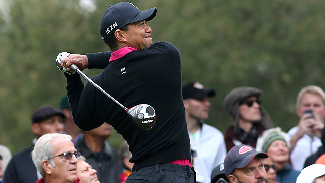 Tiger Woods rang up 10 birdies and no bogeys in the second round at Sherwood.
