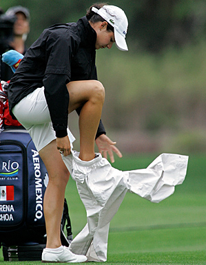 The weather was rough for the women as well on Sunday. Lorena Ochoa was six over on her final six holes, a stunning collapse that cost her an opportunity to pass Annika Sorenstam for the top spot in world rankings.